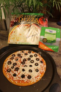 Amy's Gluten-Free Cheese Pizza IMG_0516